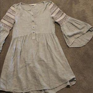 Zara accent sleeve dress